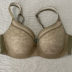 Cacique Lightly Padded 42D Bra